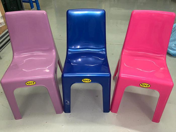 "Plasticman Toddler ""Nice"" Chairs"